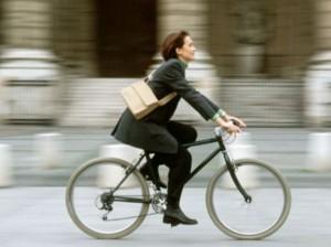 Bicicleta-Trabajo-Mujer-300x224